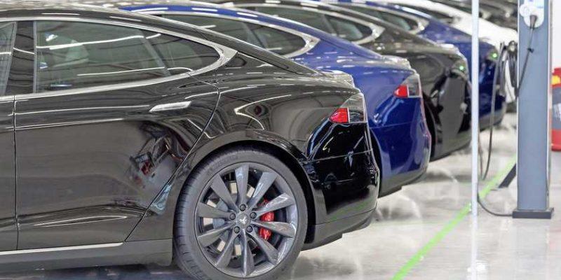 ElaadNL Outlook nummer 3 in de media: 'Vier miljoen elektrische auto's in 2035'